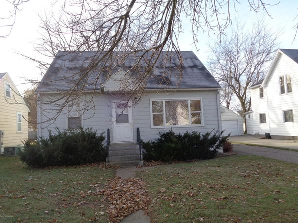 3 bed 1 bath Single Family at 1712 1st Ave NE Austin, MN, 55912 is for sale at 65k - 1 of 15