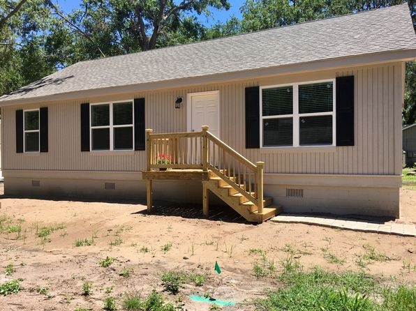 3 bed 2 bath Single Family at 1 NICHOLS CT HILTON HEAD ISLAND, SC, 29926 is for sale at 289k - 1 of 38