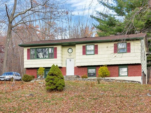 3 bed 2 bath Single Family at 28 Owens Dr Highland Mills, NY, 10930 is for sale at 400k - 1 of 15