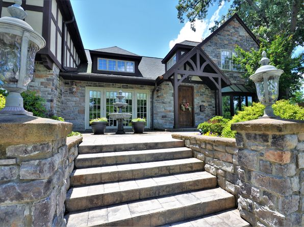 7 bed 6 bath Single Family at 603 Hillcrest Dr High Point, NC, 27262 is for sale at 855k - 1 of 47