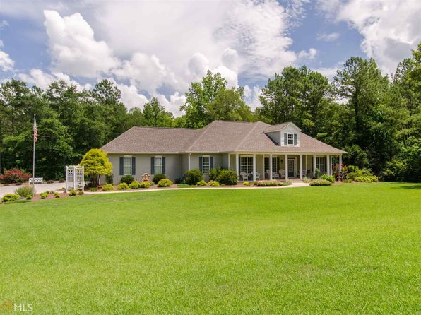 3 bed 3 bath Single Family at 570 Moore Rd Newnan, GA, 30263 is for sale at 380k - 1 of 36
