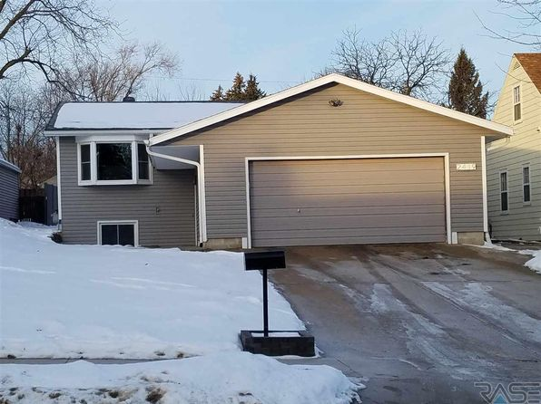 3 bed 2 bath Single Family at 2419 S 4th Ave Sioux Falls, SD, 57105 is for sale at 200k - 1 of 11