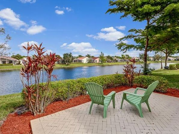 2 bed 2 bath Single Family at 8905 Cascades Isle Blvd Estero, FL, 33928 is for sale at 309k - 1 of 21