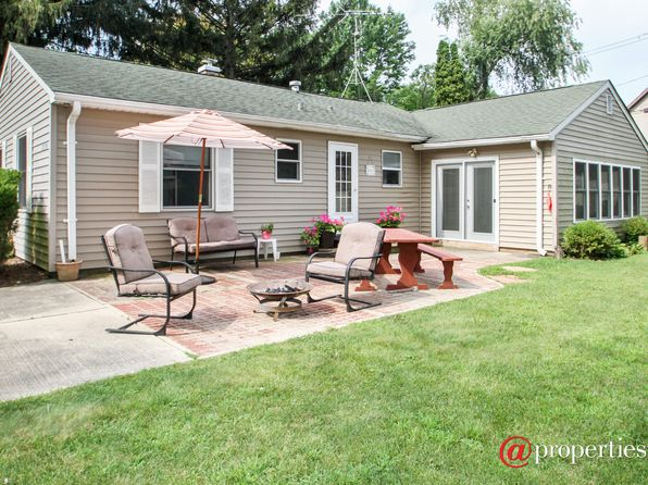 2 bed 1 bath Single Family at 8930 390th Ct Genoa City, WI, 53128 is for sale at 170k - 1 of 15