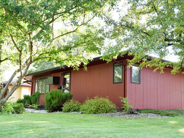 5 bed 2 bath Single Family at 635 Vine St Breckenridge, MN, 56520 is for sale at 170k - 1 of 25