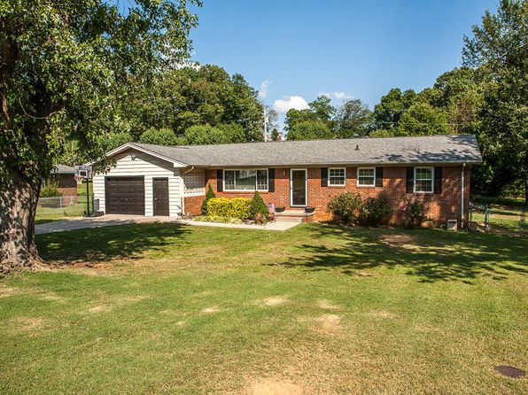 3 bed 2 bath Single Family at 3214 Lagrange Dr Maryville, TN, 37804 is for sale at 145k - 1 of 17