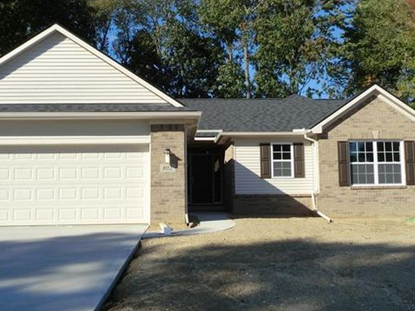 3 bed 2 bath Single Family at 8160 Sawmill Trl White Lake, MI, 48386 is for sale at 287k - 1 of 17