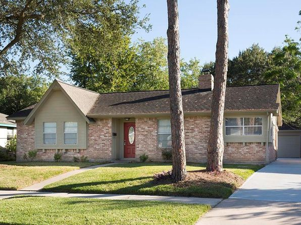 3 bed 2 bath Single Family at 8923 Grape St Houston, TX, 77036 is for sale at 215k - 1 of 18