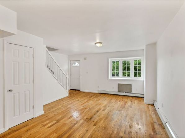 5 bed 4 bath Multi Family at 10649 156th St Jamaica, NY, 11433 is for sale at 629k - 1 of 4