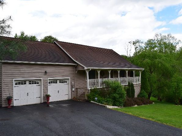 3 bed 3 bath Single Family at 316 C and O Dam Rd Daniels, WV, 25832 is for sale at 200k - 1 of 41