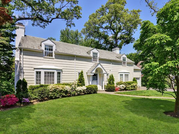4 bed 4.5 bath Single Family at 69 Greenacres Ave Scarsdale, NY, 10583 is for sale at 1.70m - 1 of 30
