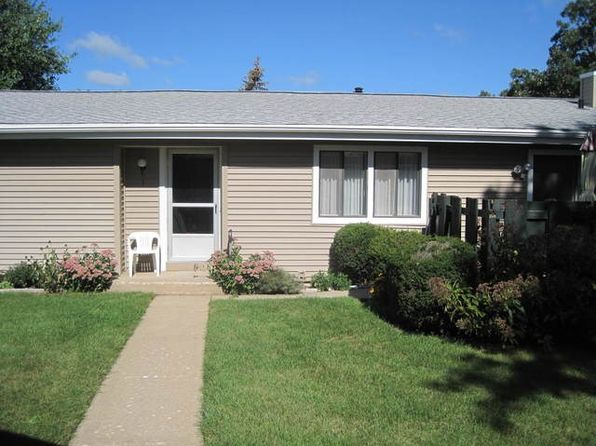 2 bed 1 bath Condo at 824 Wiltshire Dr Mchenry, IL, 60050 is for sale at 79k - 1 of 13