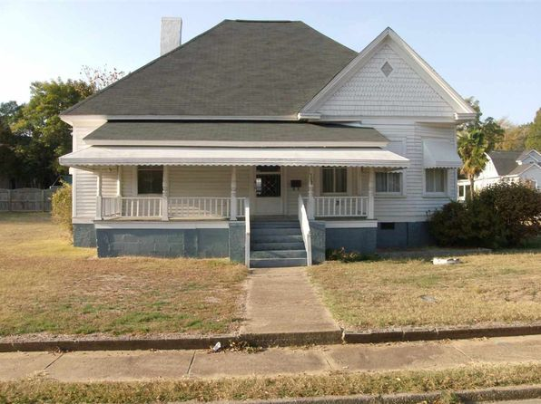 3 bed 1 bath Single Family at 308 Oneal St Belton, SC, 29627 is for sale at 68k - 1 of 26