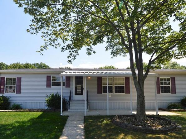 3 bed 2 bath Single Family at 23 Carousel Ln Olmsted Twp, OH, 44138 is for sale at 53k - 1 of 29