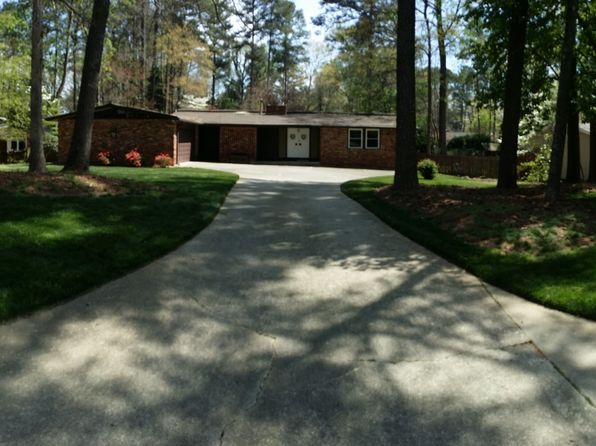 3 bed 2 bath Single Family at 4565 Kingsgate Dr Dunwoody, GA, 30338 is for sale at 350k - 1 of 18