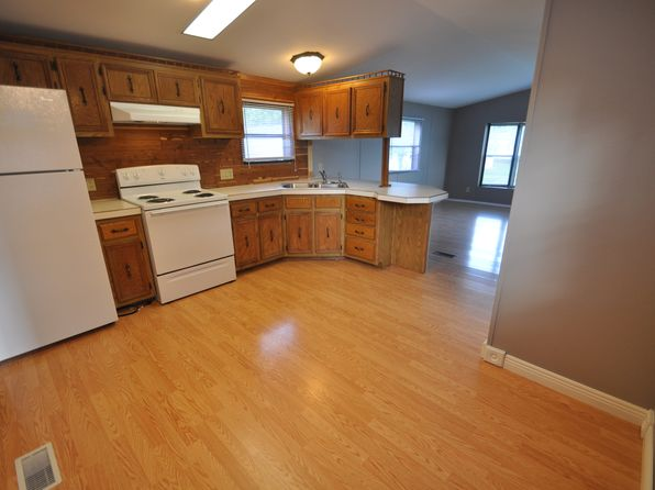 2 bed 1 bath Mobile / Manufactured at W7093 Phoenix Dr Fond Du Lac, WI, 54937 is for sale at 24k - 1 of 10