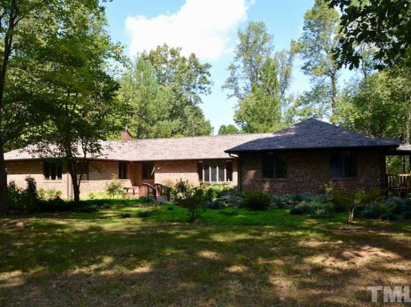 5 bed 4.5 bath Single Family at 760 Redgate Rd Pittsboro, NC, 27312 is for sale at 450k - 1 of 22
