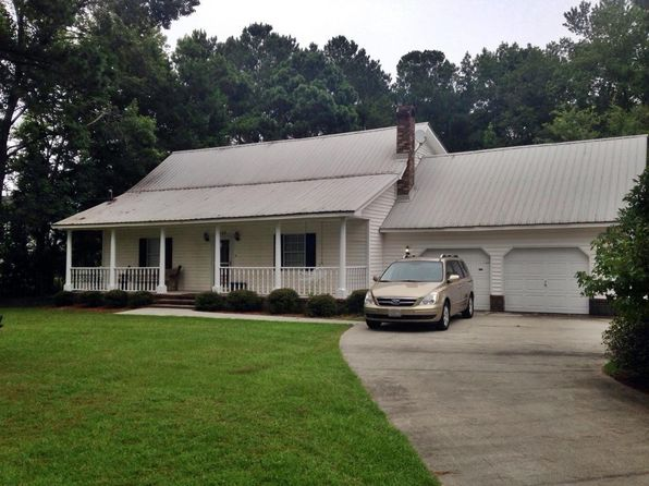 5 bed 2.5 bath Single Family at 105 Jean Dr Eutawville, SC, 29048 is for sale at 285k - 1 of 17