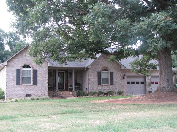 3 bed 2 bath Single Family at 361 S Miners Trl Lexington, NC, 27292 is for sale at 235k - 1 of 24