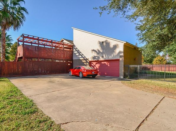4 bed 4 bath Single Family at 10010 Kinney Rd Houston, TX, 77099 is for sale at 350k - 1 of 32