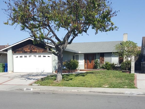 3 bed 2 bath Single Family at 15216 Yukon Ave Lawndale, CA, 90260 is for sale at 605k - 1 of 7