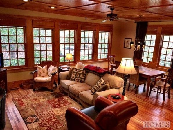 3 bed 2.5 bath Single Family at 53 HONEY BEE BND CASHIERS, NC, 28717 is for sale at 485k - 1 of 18