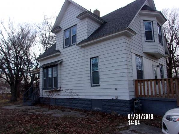 3 bed 1 bath Single Family at 1075 E William St Decatur, IL, 62521 is for sale at 15k - 1 of 15