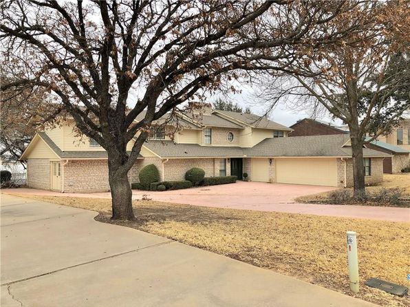 4 bed 3 bath Single Family at 4718 Esplanade Ct Granbury, TX, 76049 is for sale at 695k - 1 of 35