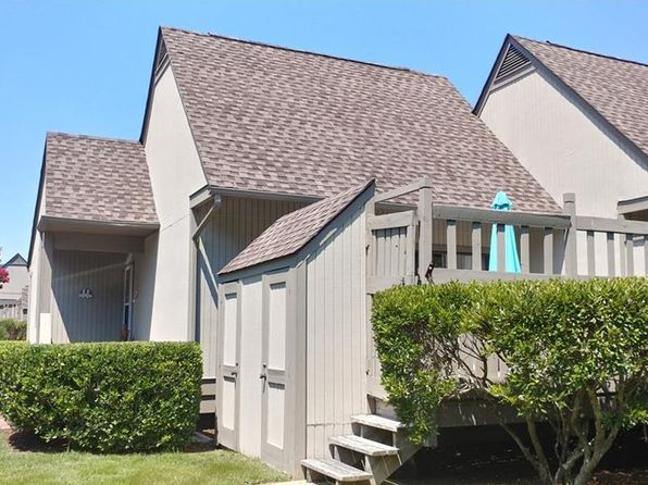 2 bed 2 bath Townhouse at 39426 Private Place Ctr Bethany Beach, DE, 19930 is for sale at 220k - 1 of 17