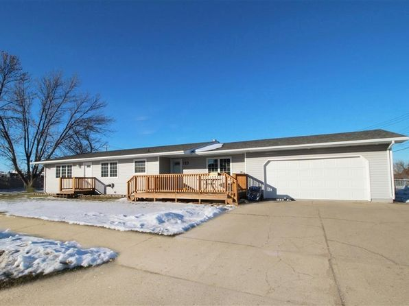 4 bed 3 bath Single Family at 24 14th Ave SW Minot, ND, 58701 is for sale at 250k - 1 of 24