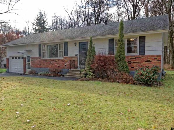 3 bed 1 bath Single Family at 324 Masullo Pkwy Schenectady, NY, 12306 is for sale at 175k - 1 of 24