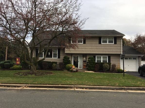 3 bed 2 bath Single Family at 8 Lydecker Pl Middlesex, NJ, 08846 is for sale at 430k - 1 of 16
