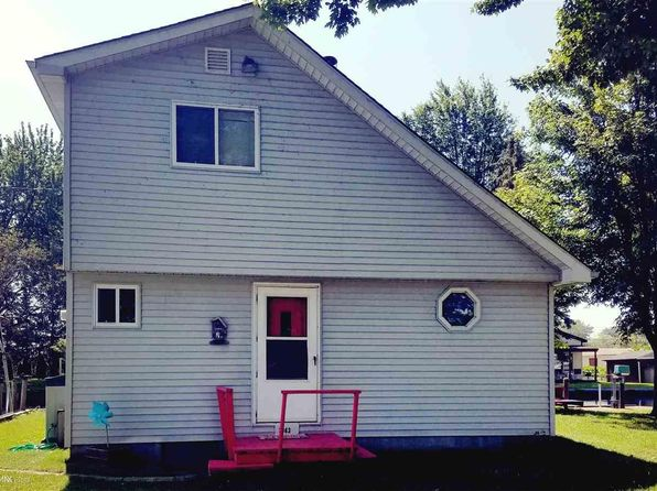 1 bed 1 bath Single Family at 7063 Sax Dr Clay Twp, MI, 48028 is for sale at 150k - 1 of 25