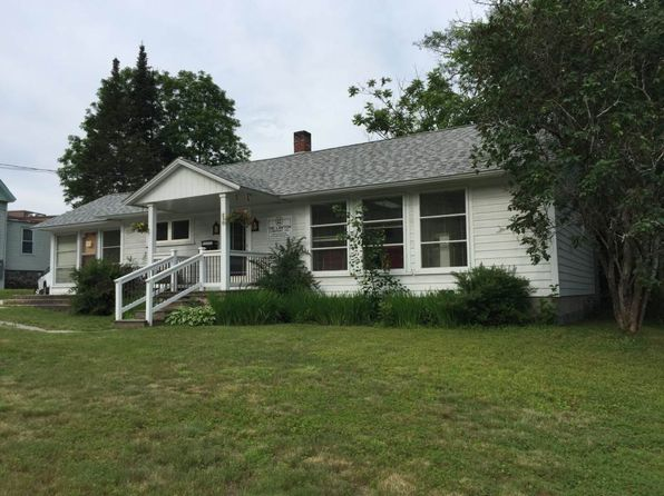 7 bed 1 bath Single Family at 210 Cottage St Littleton, NH, 03561 is for sale at 185k - 1 of 13