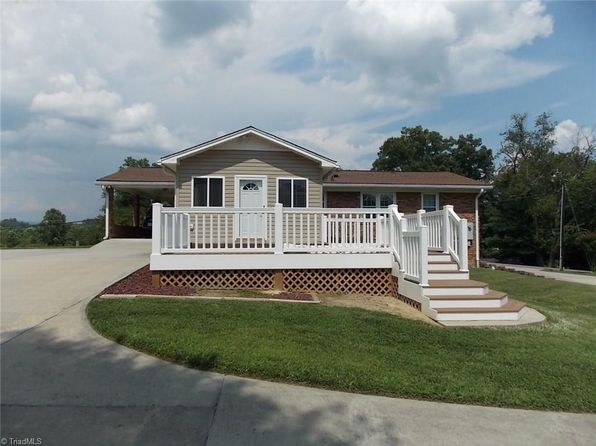3 bed 2 bath Single Family at 1512 Pittman St Mount Airy, NC, 27030 is for sale at 165k - 1 of 22