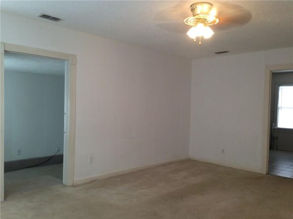 3 bed 1 bath Single Family at 3134 S 6th St Abilene, TX, 79605 is for sale at 59k - 1 of 7