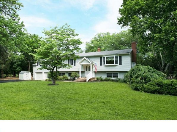 5 bed 3 bath Single Family at 164 Sunset Rd Belle Mead, NJ, 08502 is for sale at 520k - 1 of 14