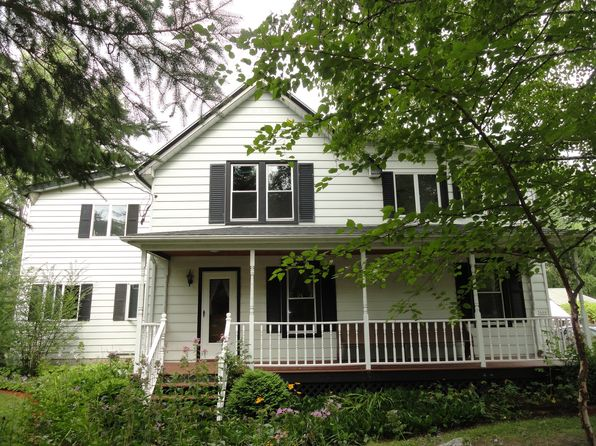 4 bed 2 bath Single Family at 3666 Town Hall Rd Kewaskum, WI, 53040 is for sale at 300k - 1 of 61