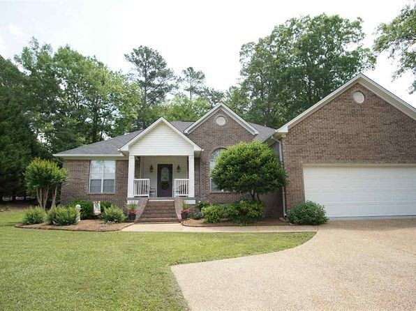 4 bed 3 bath Single Family at 1303 Northwood Cir Carthage, MS, 39051 is for sale at 195k - 1 of 43
