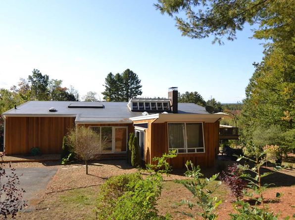 4 bed 2 bath Single Family at 661 Jewett Rd Hopkinton, NH, 03229 is for sale at 350k - 1 of 30