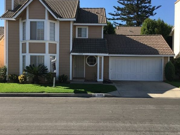 3 bed 3 bath Single Family at 15309 Polermo Rd Paramount, CA, 90723 is for sale at 459k - 1 of 8