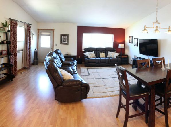3 bed 2 bath Single Family at 8145 Kronos Dr Anchorage, AK, 99502 is for sale at 280k - 1 of 17