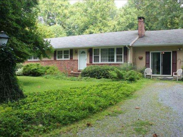 3 bed 2 bath Single Family at 6 Hunter Dr Burlington, NJ, 08016 is for sale at 279k - 1 of 7