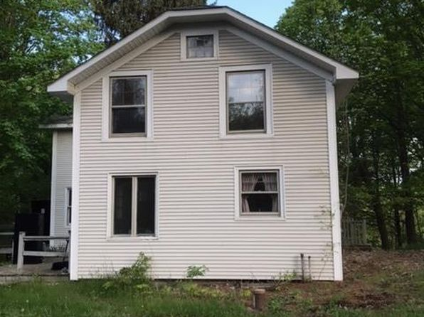 3 bed 1.5 bath Single Family at 28 Harrington Ln Old Chatham, NY, 12136 is for sale at 143k - 1 of 17