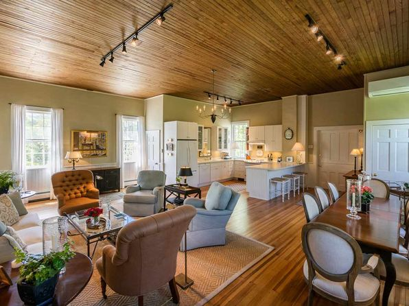 2 bed 2 bath Single Family at 968 Vermont Rte Dorset, VT, 05251 is for sale at 459k - 1 of 21