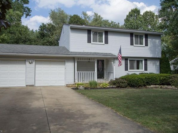 3 bed 3 bath Single Family at 4958 Commanche Trl Stow, OH, 44224 is for sale at 180k - 1 of 26