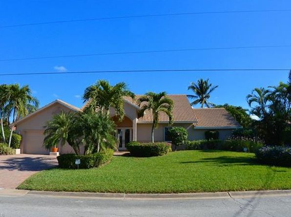 3 bed 3 bath Single Family at 11 Bayview Blvd Fort Myers Beach, FL, 33931 is for sale at 1.50m - 1 of 25