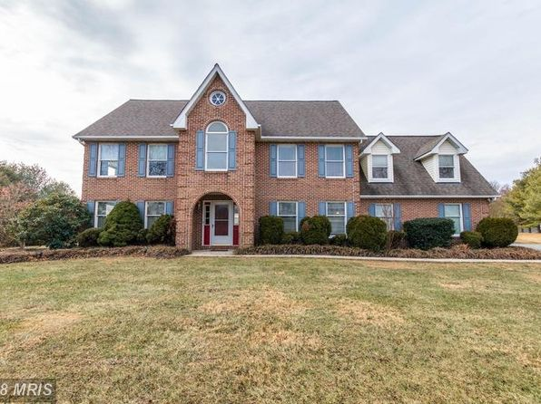 5 bed 4 bath Single Family at 17314 Pink Dogwood Ct Mount Airy, MD, 21771 is for sale at 800k - 1 of 29