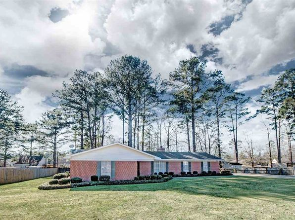 3 bed 2 bath Single Family at 233 Lewis St Florence, MS, 39073 is for sale at 145k - 1 of 15