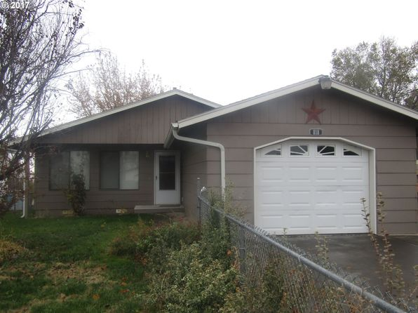 3 bed 1 bath Single Family at 818 SW 10th St Pendleton, OR, 97801 is for sale at 144k - 1 of 7